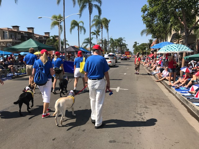 070417 parade3